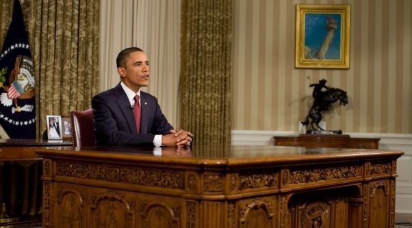 office drapes desk president obama has redecorated the oval office middle eastern stylefiction style