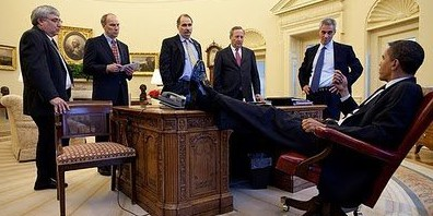 photos of president obama with his feet on the resolute desk truth rh truthorfiction com