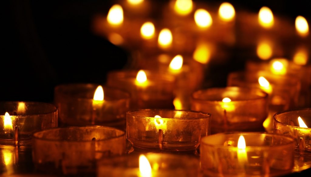 A row of small candles.