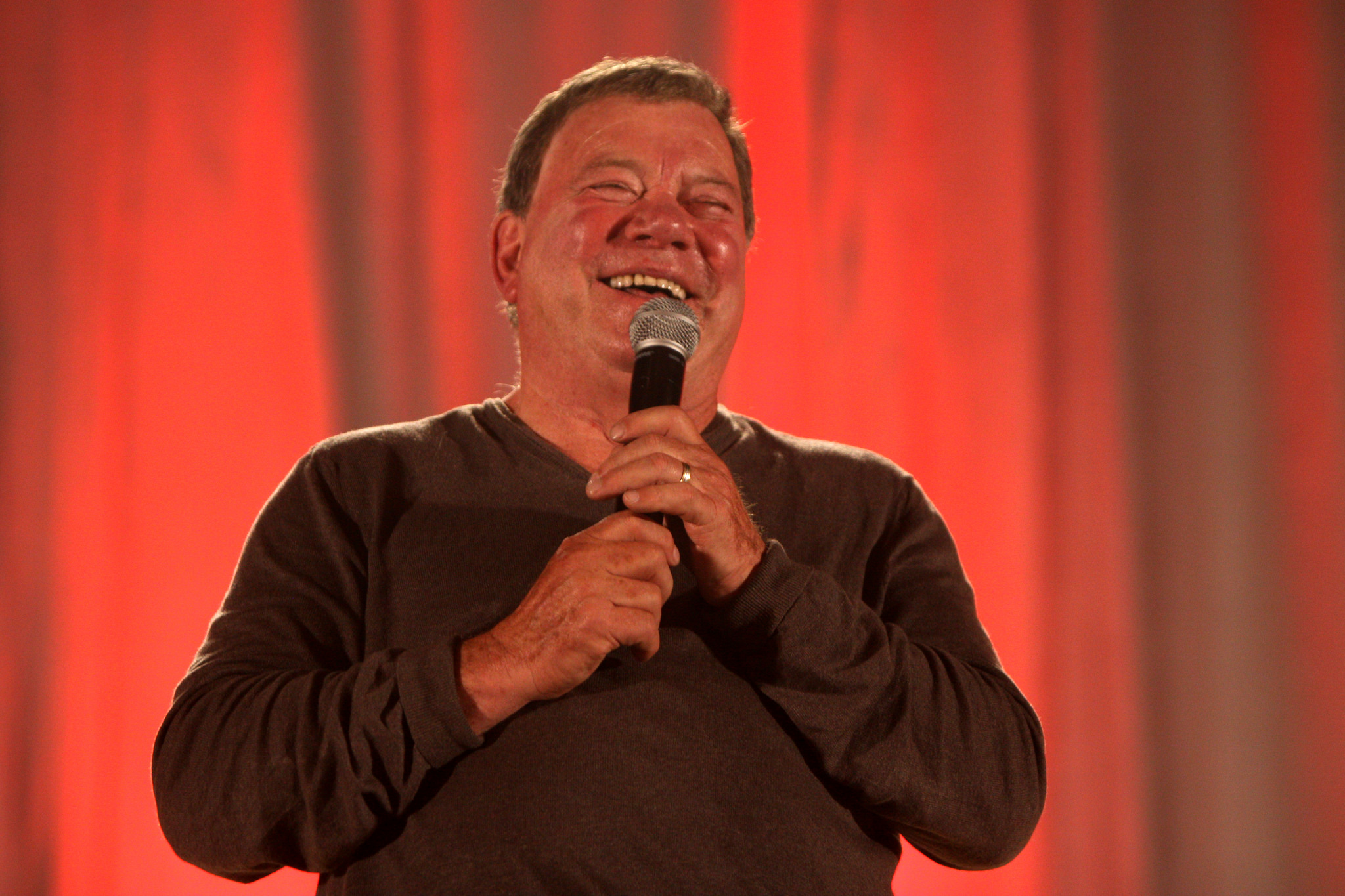 Did William Shatner Record a Christmas Album With Iggy Pop and Henry Rollins?