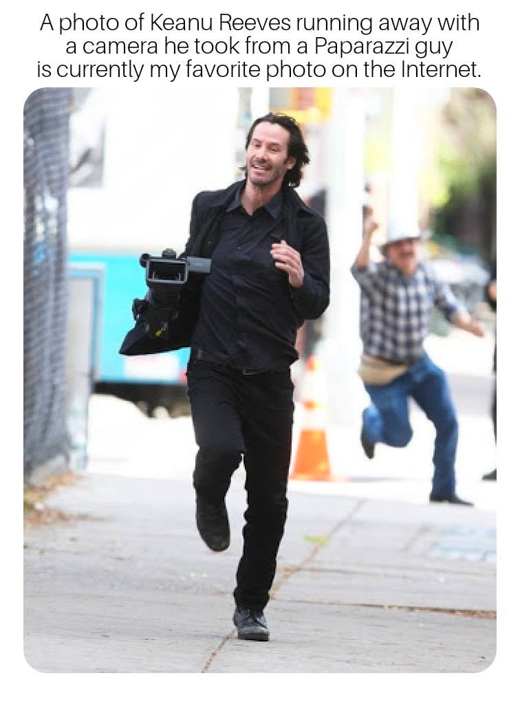 keanu-reeves-running-camera-stole-paparazzi