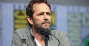 """Luke Perry speaking at the 2018 San Diego Comic Con International, for """"Riverdale"""", at the San Diego Convention Center in San Diego, California."""