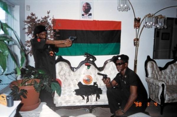 1998-fake-obama-black-panther-party