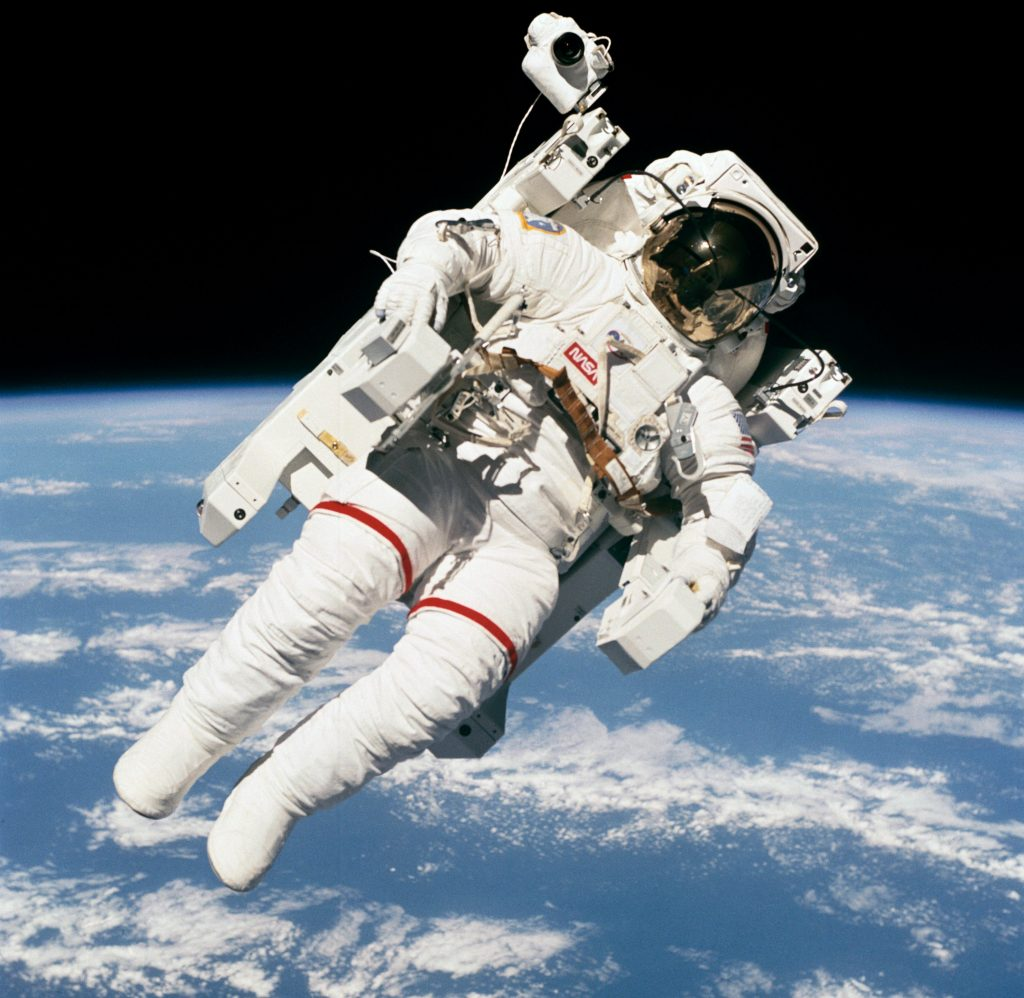 bruce mccandless untethered astronaut floats